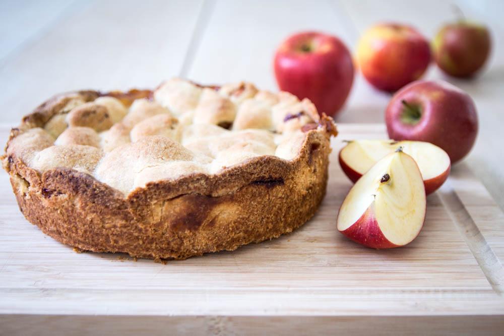 Apfelkuchen mit Teigdeckel