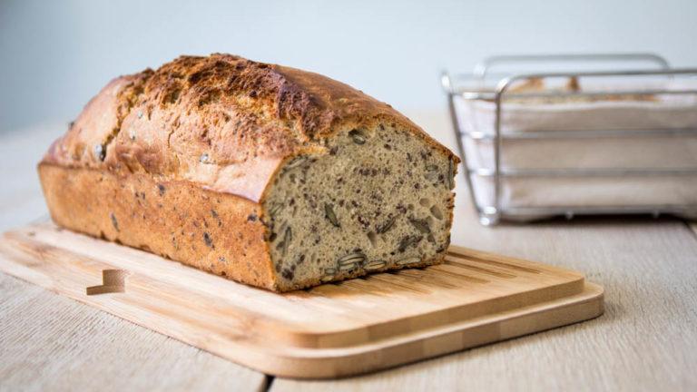 Dinkel Kürbiskernbrot – in fünf Minuten gebacken