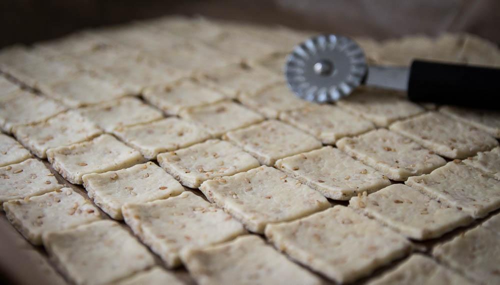 eingeteilte Sesam Kräcker