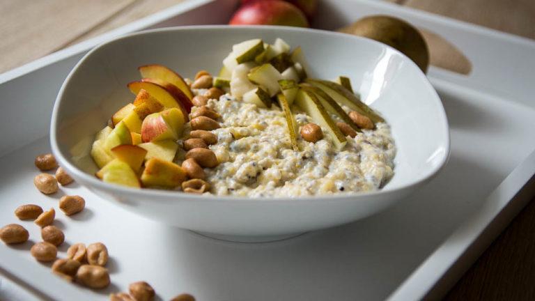 Polenta Porridge mit leckerem Superfood