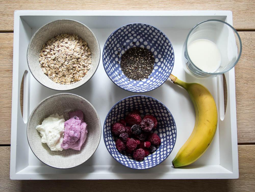 Zutaten für das Bananen Porridge