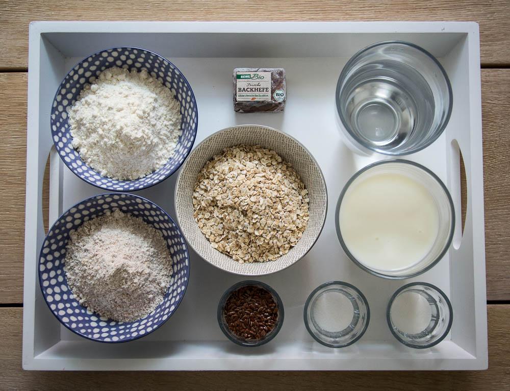 Zutaten für das Buttermilchbrot