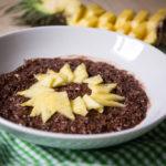Chia Quinoa Schoko Porridge mit Ananas - Fodmap geeignet