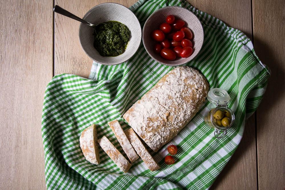 Rustikales Ciabatta Brot selbst gemacht