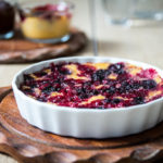 Polenta Tarte mit roten Beeren