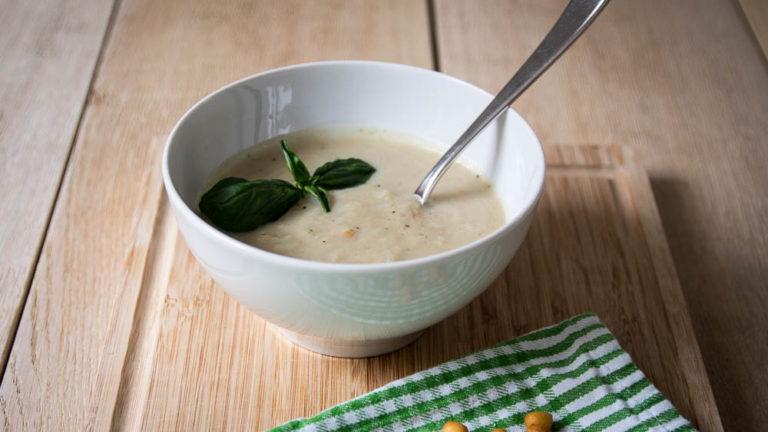 leckere und einfache  Kohlrabicremesuppe