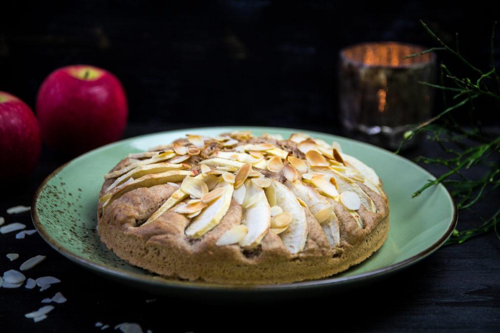 basischer Apfelkuchen frisch gebacken